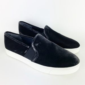 Vince Blair Velvet Slip On Sneakers Loafers 7.5